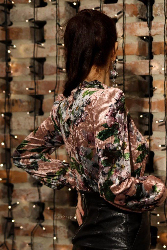 aksamitna bluzka bokiem
